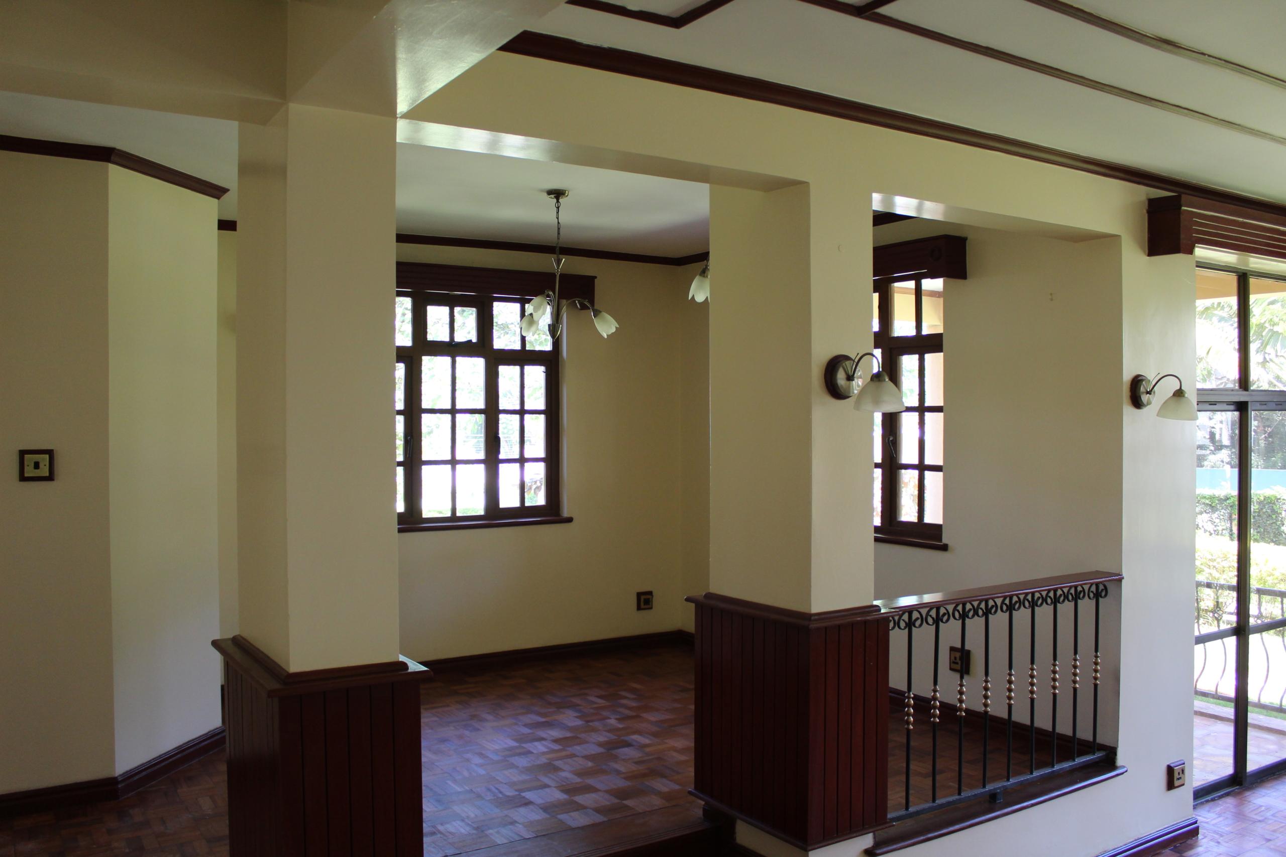 Townhouse to Let Lavington Living Room
